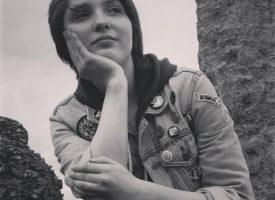 Jasmine Canham: Sandcastle